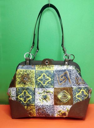 Carpet Bag vorne