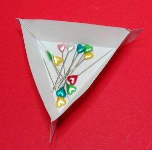 dreieckige Schale aus Papier 04
